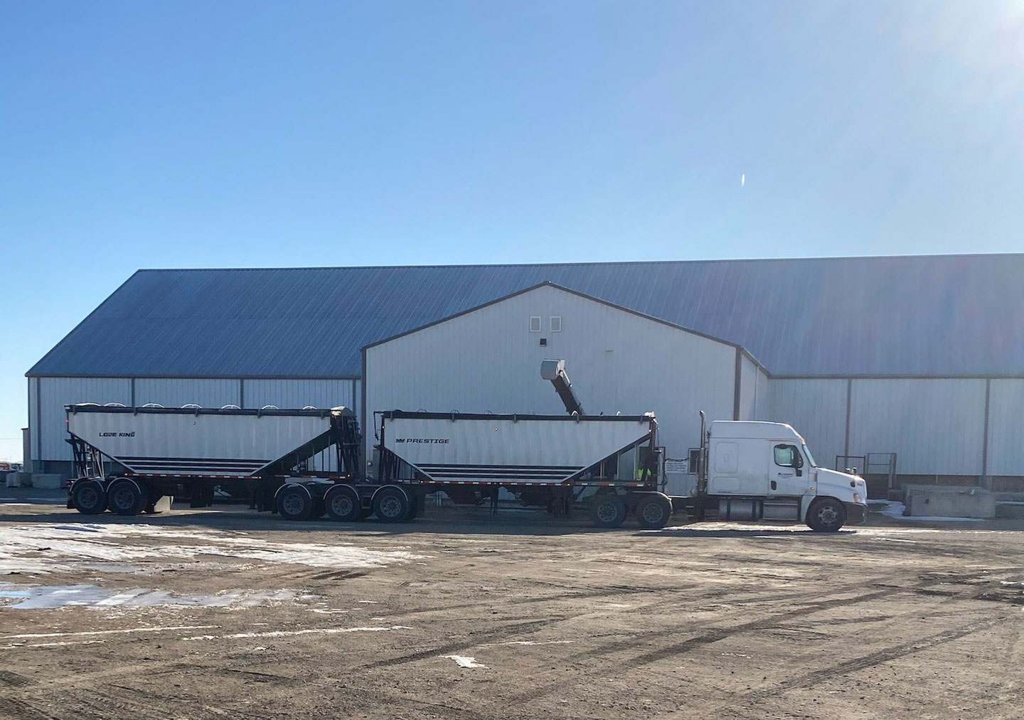 Warehouse Service and Distribution